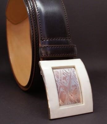 Gürtel mit handgemachter Gürtel-Schließe
