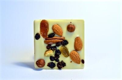 Belu Choco Bar Nuts and Fruits White