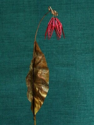 Red Simple Flower Stake