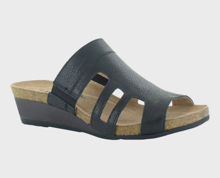 Carriage Soft Black Leather Sandal