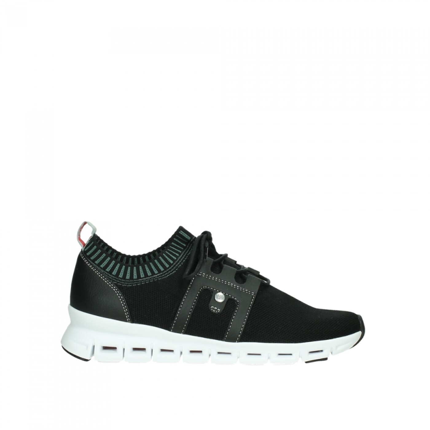 Tera Black Sneaker
