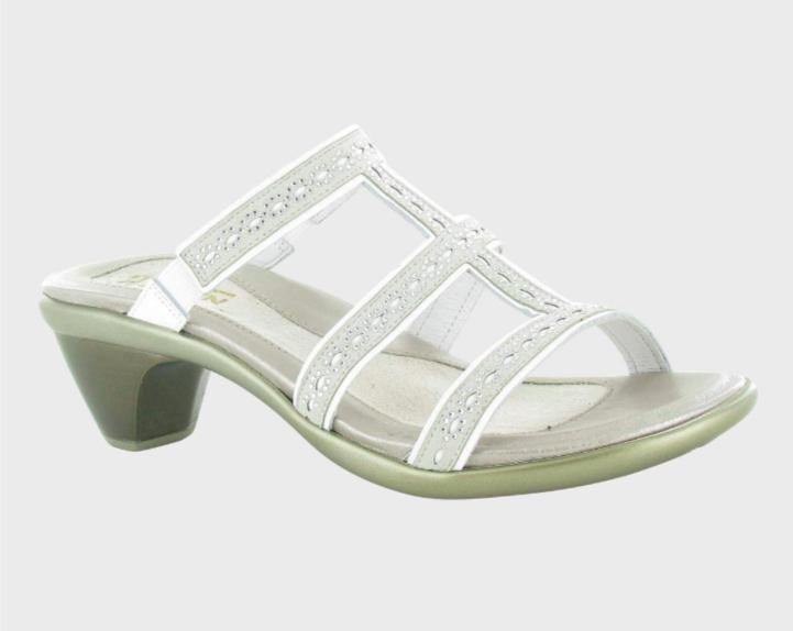 Novel White/Beige Leather Sandal