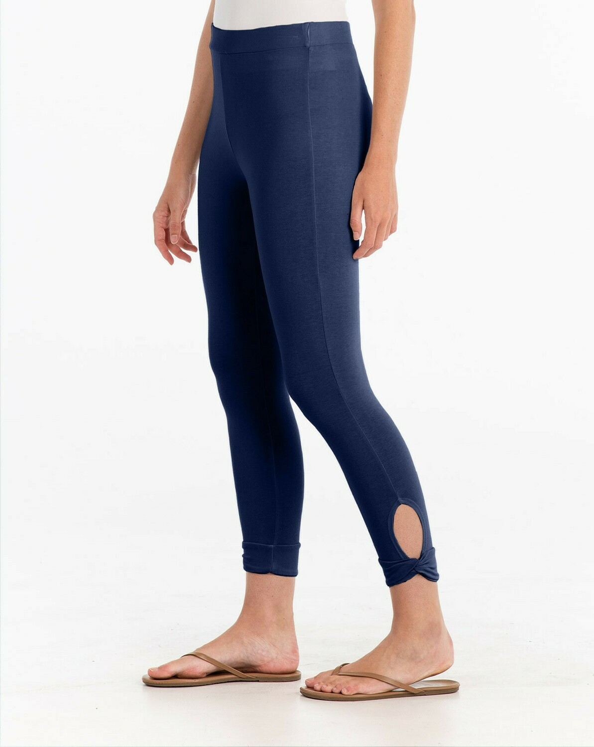 FINAL SALE ACPSNPD Sanibel Capri Legging in Moonlight