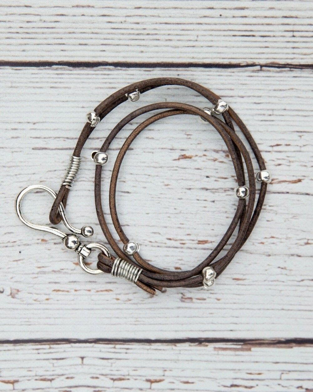 Double Leather Hook Wrap Grey Distressed