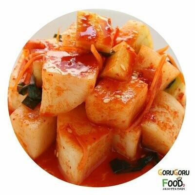 홈메이드 깎두기(2L) Goru Goru's Home Made Radish Kimchi