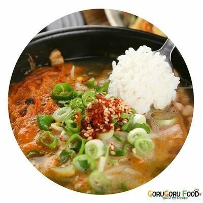 김치 콩나물국 Kimchi Sprouts Soup