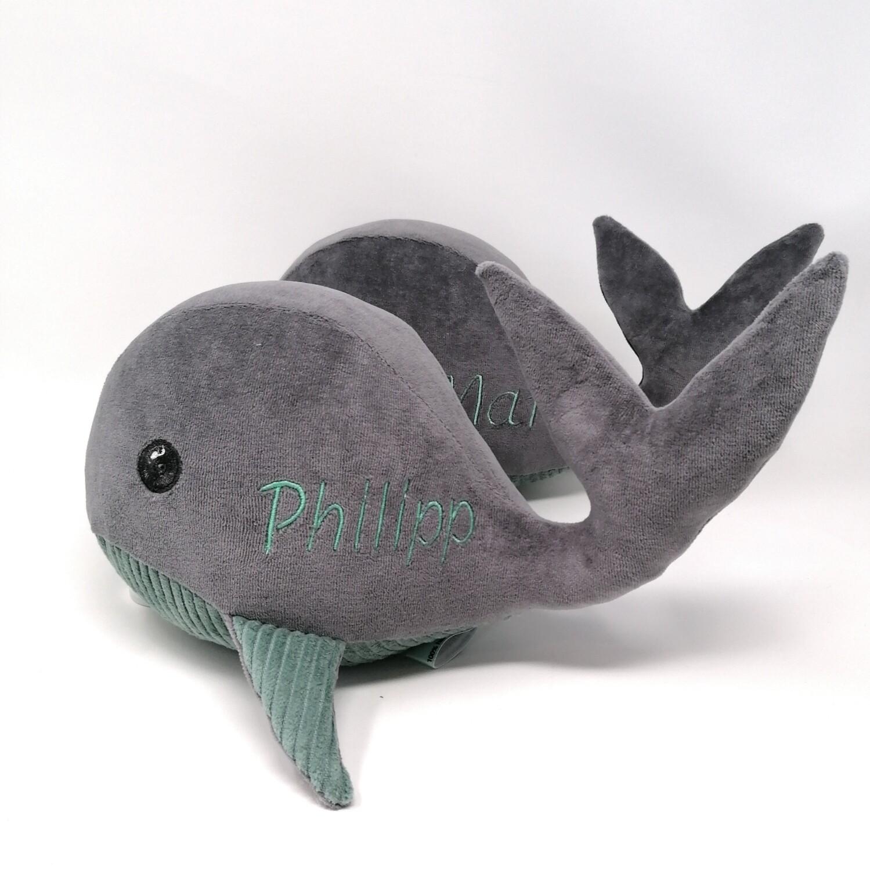 Kuscheltier Wal für Spieluhr grau- helles petrol: mit Namen und Wunschmelodie, aus ökologischen Baumwolle Stoffen, optional austauschbare Spieluhr mit Geheimtasche/Reißverschluss