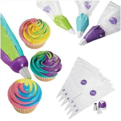 Wilton ColorSwirl Tri-Color Coupler Decorating Set of 9 - Σετ Διακόσμησης 9τεμ - Τριπλός ζεύκτης για κορνέ.