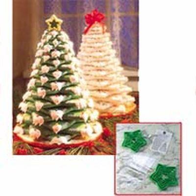 Wilton Christmas COOKIE TREE KIT -Κιτ με 15τεμ Κουπ πατ για Χριστουγεννιάτικο Δέντρο