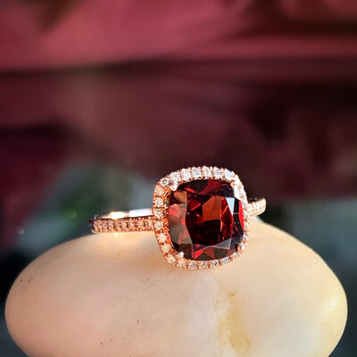 14K Rose Gold Garnet And Diamond Ring