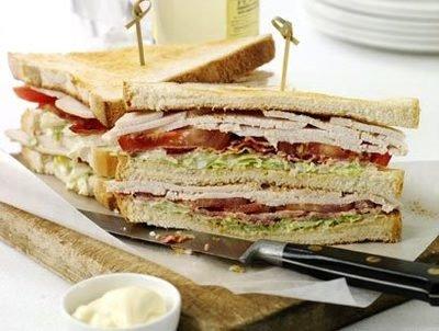 Клаб сэндвич мини с курицей и томатами, 20 шт.