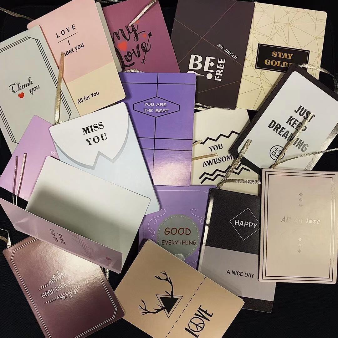 Минималистичные открытки