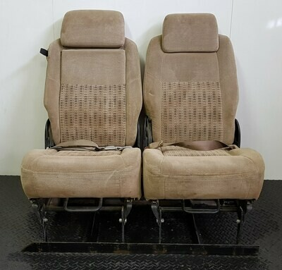 2 Passengers Bench Seat