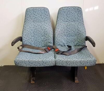 2 Passenger Fold Up Bench