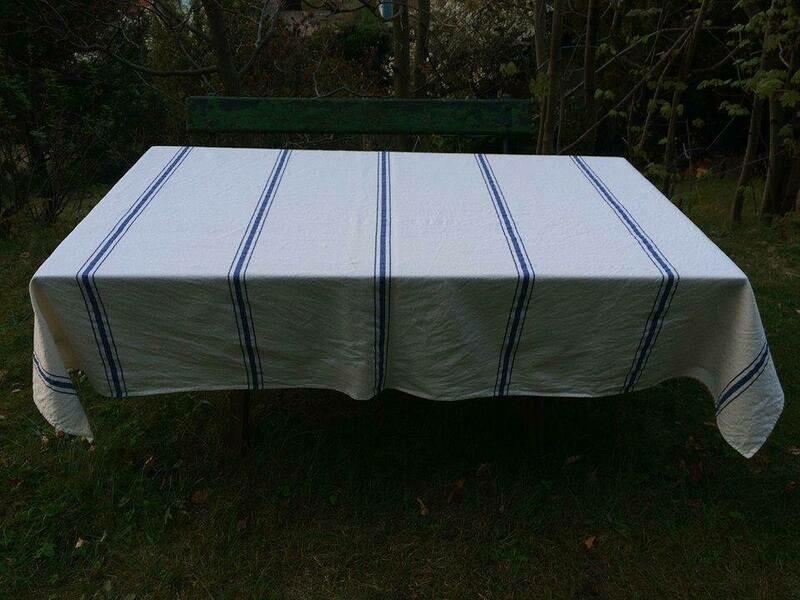 mittelalterlicher Tischdeckenstoff- Barchent gestreift