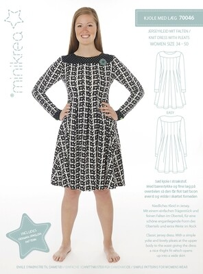 Sewing pattern for Pleated knit Dress