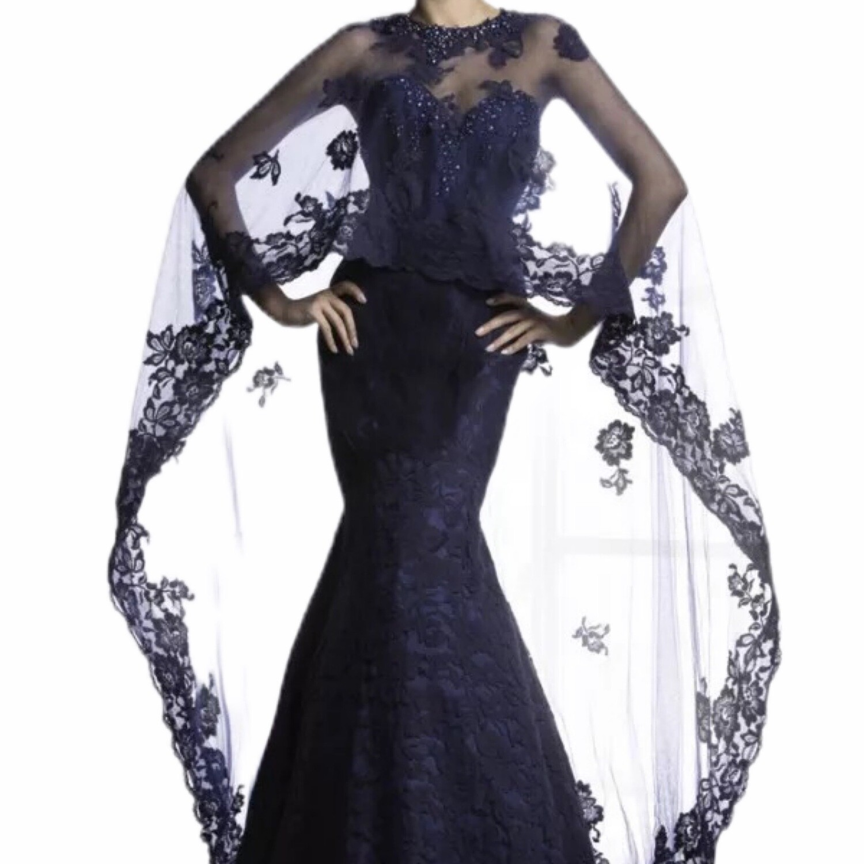 Lace Evening Dress W/Shawl
