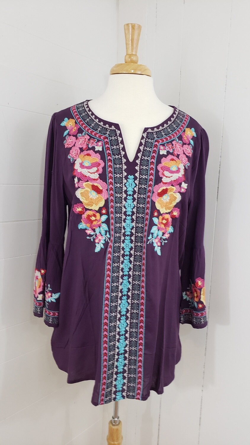 Janice Embroidery Top