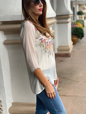 Johnny Was Embroidered Ecru Scoop Neck Tunic