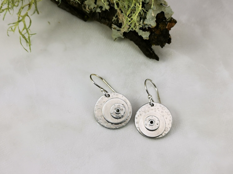 Aluminium Bubble Patterned Round Circle Riveted Earrings