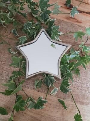 Miroir étoile en laiton argenté