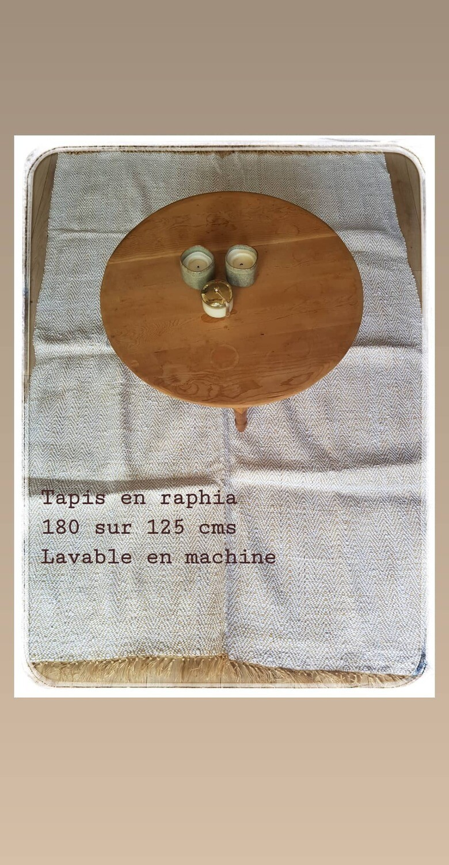 Tapis en raphia blanc