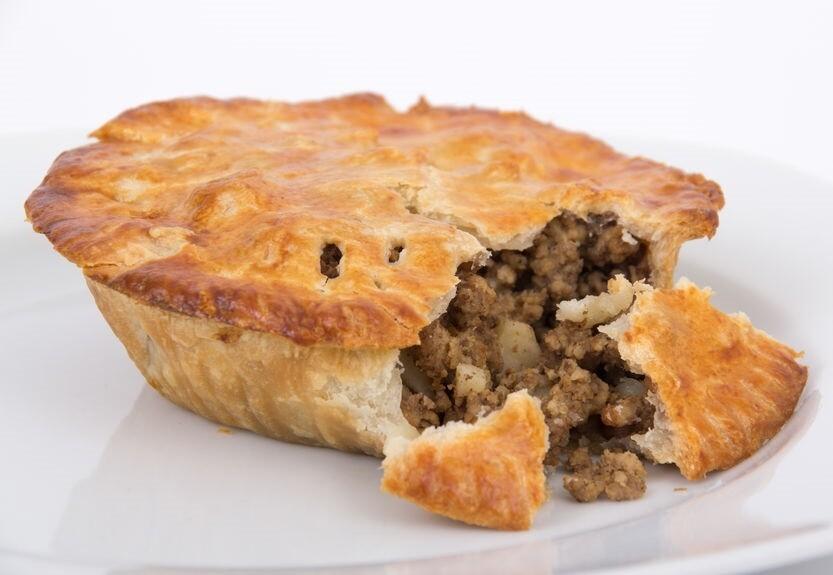 Tourtière porc et veau (pâte crue, 9'')