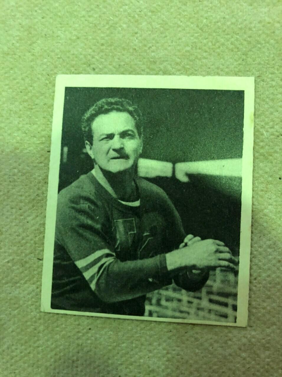 1948 Bowman #107 Sid Luckman rookie, $300