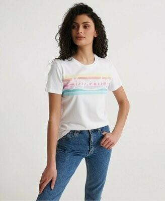 Camiseta Superdry Blanca Con Logo En Arco Iris