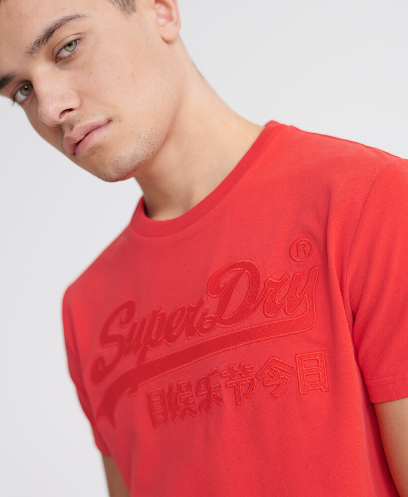 Vintage Logo Embroidered T-Shirt VL emb tee red apple