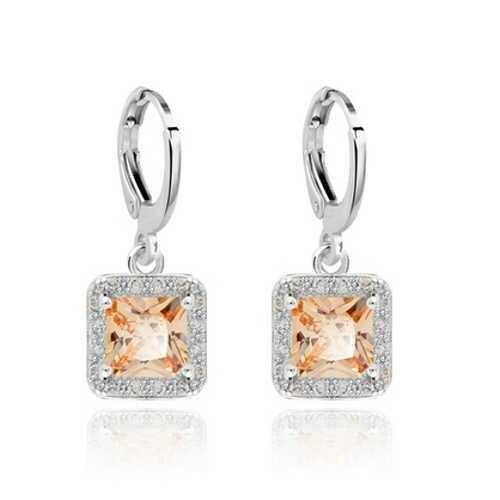 Small Dangler for Women Fashion Jewelry