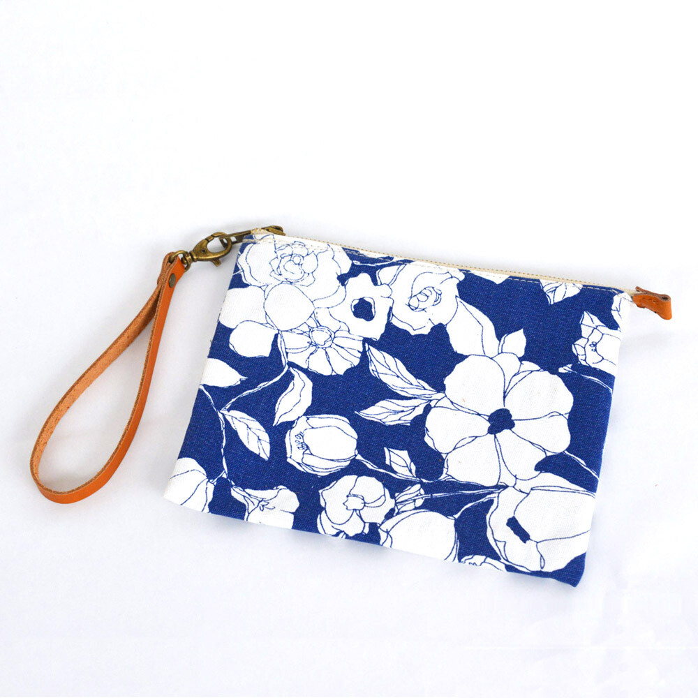 Wristlet Cosmetic Bag, Makeup Bag, Bridesmaid gifts, travel pouch, Canvas bag,zip top,vegetable tanned leather belt