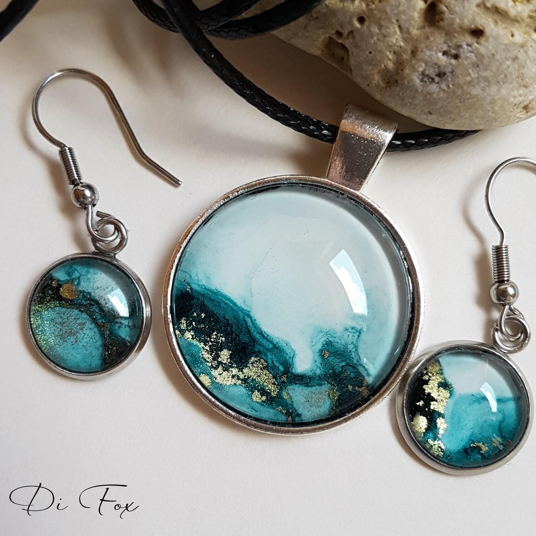Petrol Blue sea-inspired pendant necklace earring set