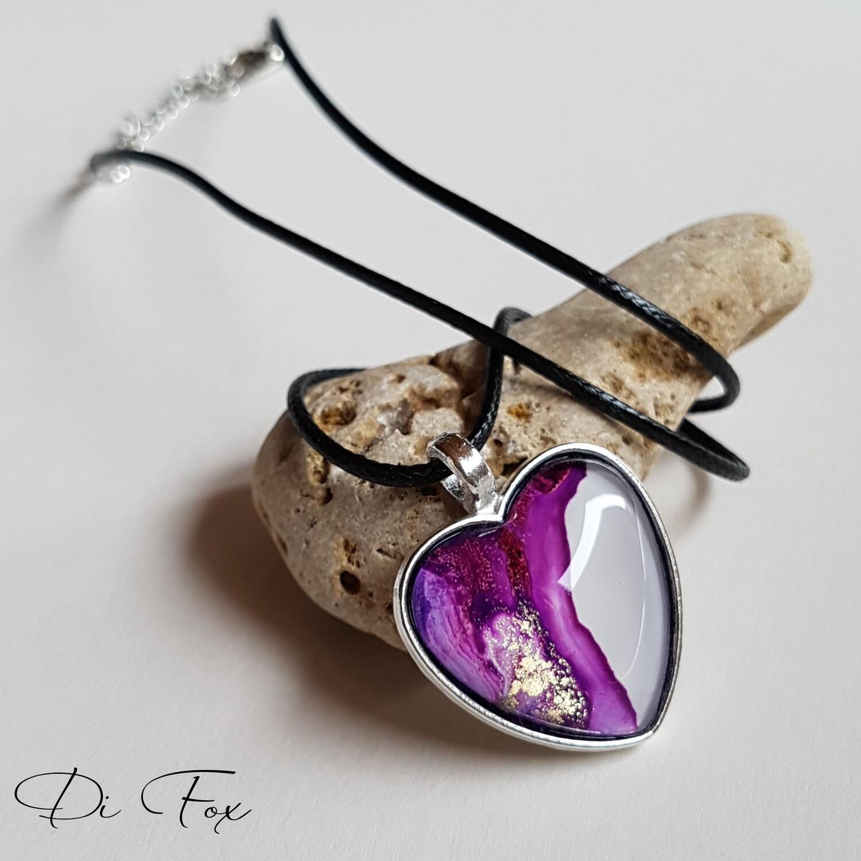 Violet, White love heart shape pendant necklace