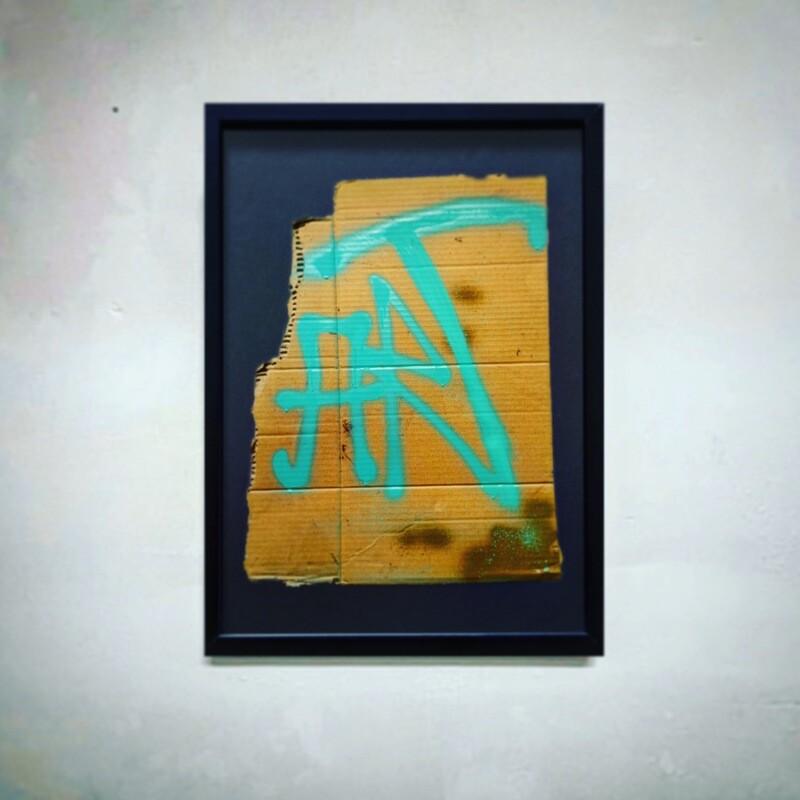 """""""ART"""" - Innrammet og klart til å henges på vegg"""
