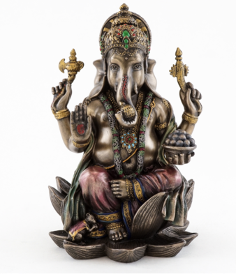 Ganesha statue sitting med