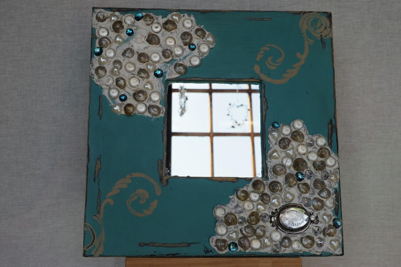 Quadratischer Spiegel