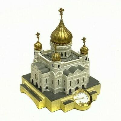 Храм Христа Спасителя с часами