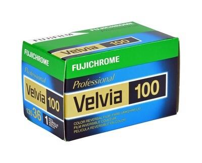 FUJIFILM VELVIA 100F 135-36  Kleinbild Film MHD 04/2020