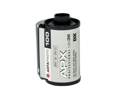 Agfa APX 100 Professional Black and White Negative Film (35mm Roll Film, 36 Exposures)  date 04/2021