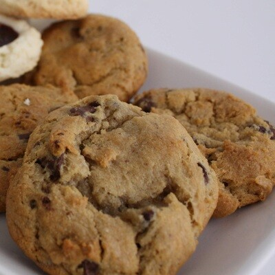 Chocolate Chip Cookies (Half Dozen)