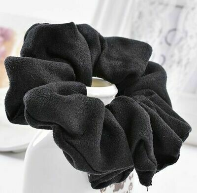 Solid-colour suede scrunchies