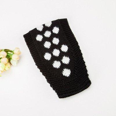 Lovely dots crochet headband