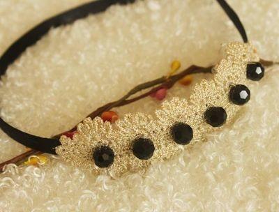 Lace black-beads headband