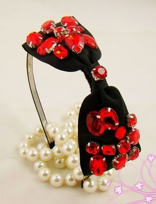 Stunning red gems black bow-tie headband