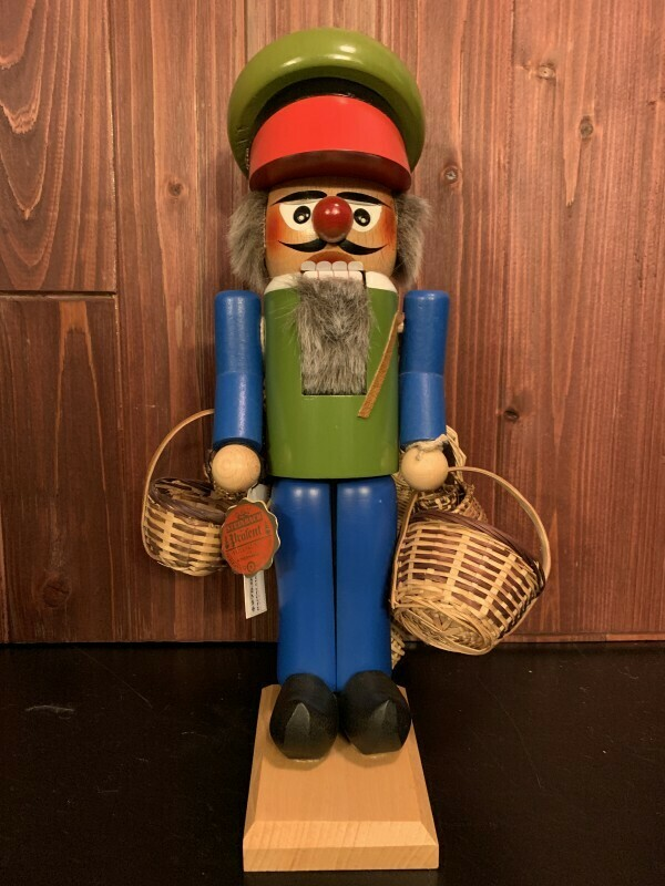 Basket Maker Nutcracker