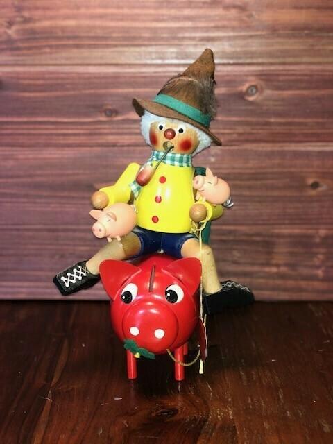 Man on Piggy Bank Smoker