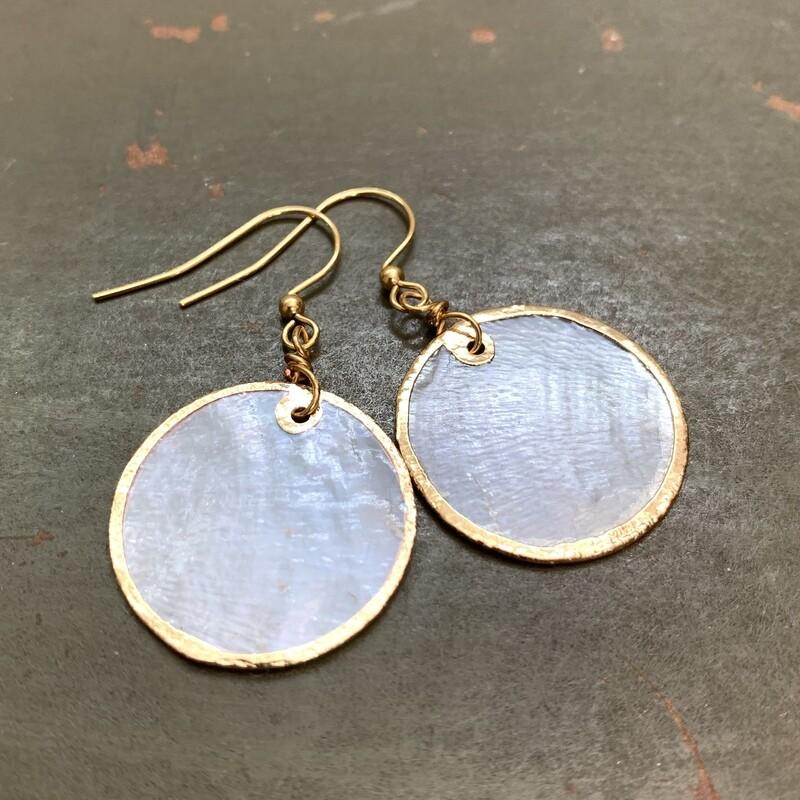 Classy Shell Earrings