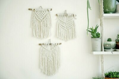 Small wall hanging macrame workshop (dates TBA)