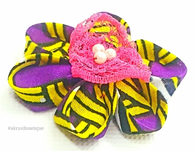 Kanzashi style flower with pearl in yellow and purple print fabric. flower pin   flower hair clip   flower brooch   clothing accessories